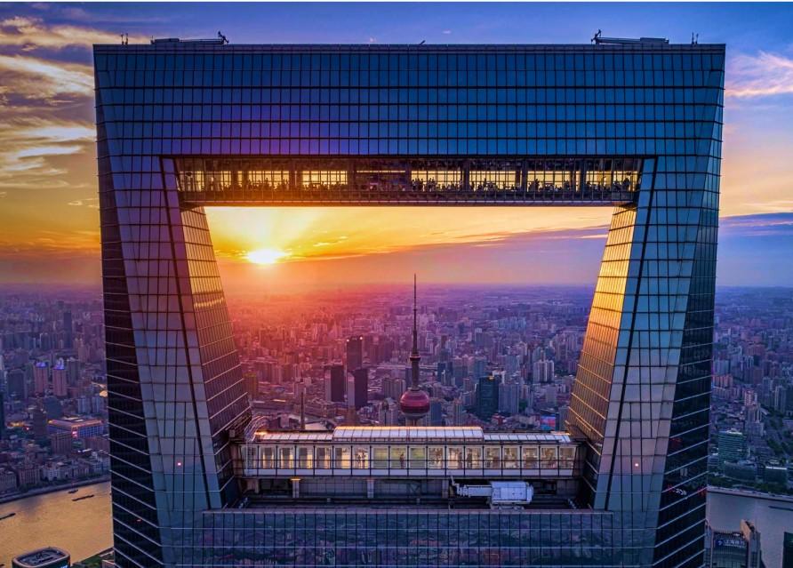 Финансовый центр Азии и французский шик  в Шанхае