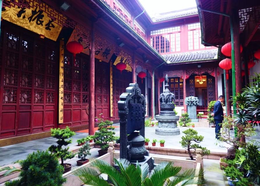 Храм Нефритового Будды